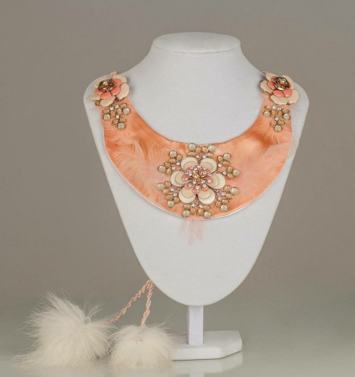 Necklace luxury apricot