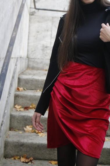 Sukňa zamat - červená