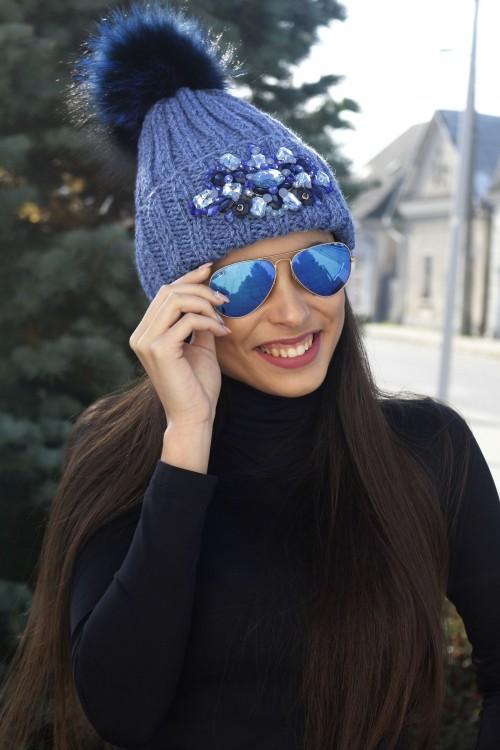 Zimná čiapka s bmrbocom - Tamara