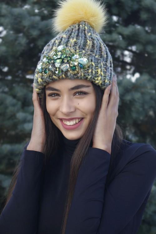 Zimná čiapka s bmrbocom - Ornela