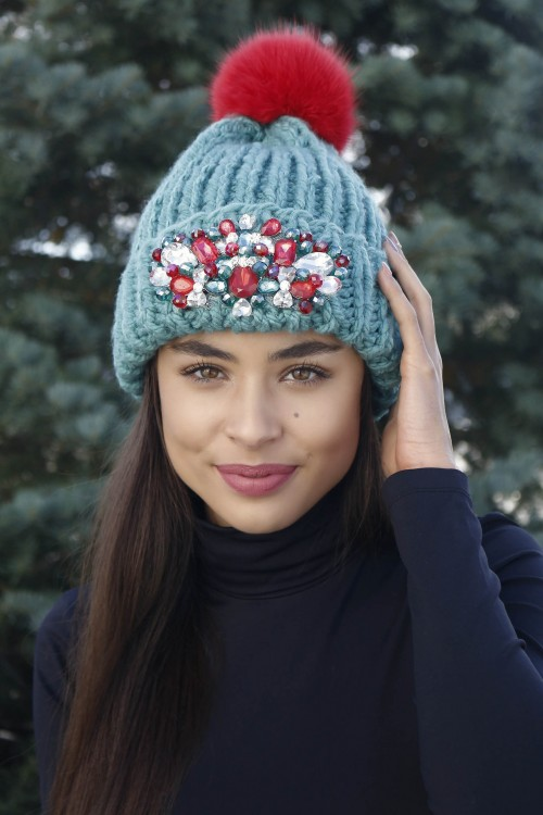 Zimná čiapka s bmrbocom - Zoja