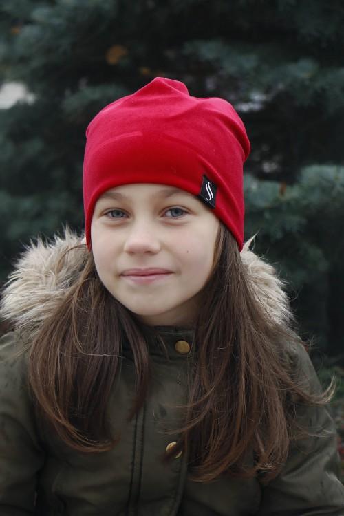 Detská zamatová čiapka - červená