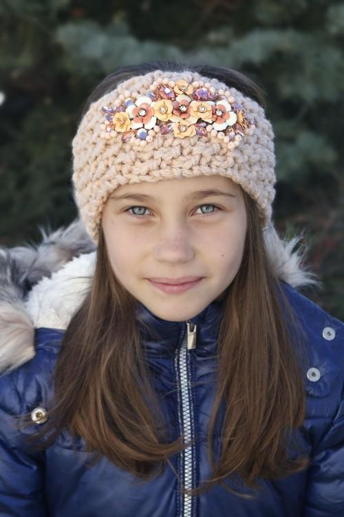 Detská štrikovaná čelenka - bežová