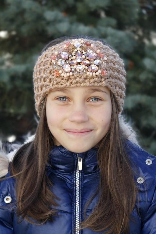 Detská štrikovaná čelenka - hnedá