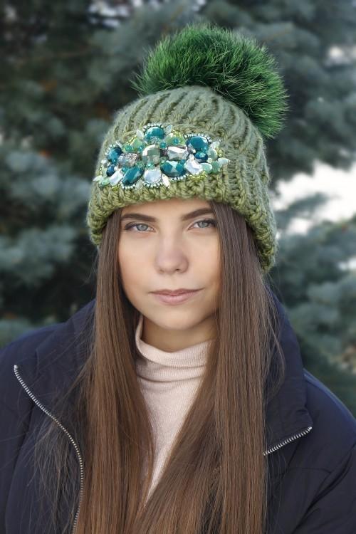 Zimná čiapka s bmrbolcom - Ornela